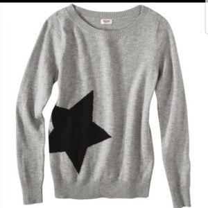 Gray star sweater size XS